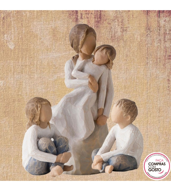 Composição Mãe e 3 Filhos